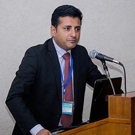 Sid Thakur at podium